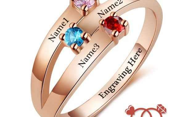 What to Expect From Birthstone Rings?