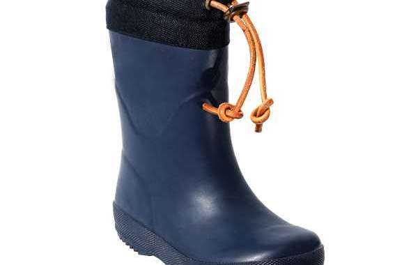 We Recommend A Comfortable Custom Rain Boot