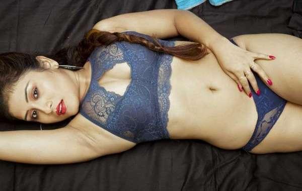 Get Erotic Romance with Dehradun Call Girls